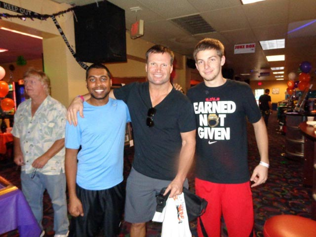 Zach Thomas at Diamond Strike Lanes with our staff