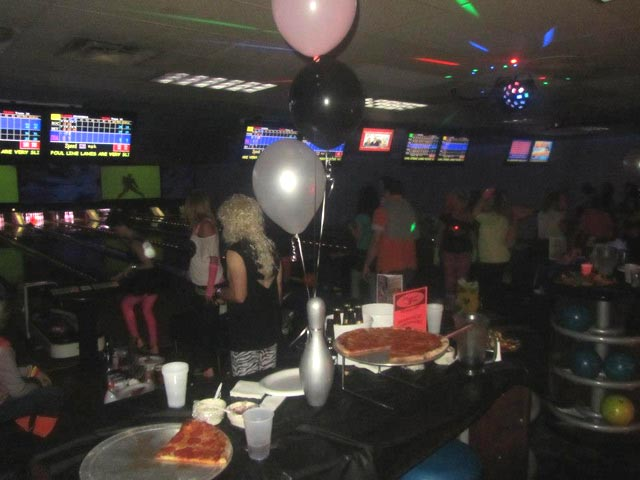 Diamond Strike Lanes Party