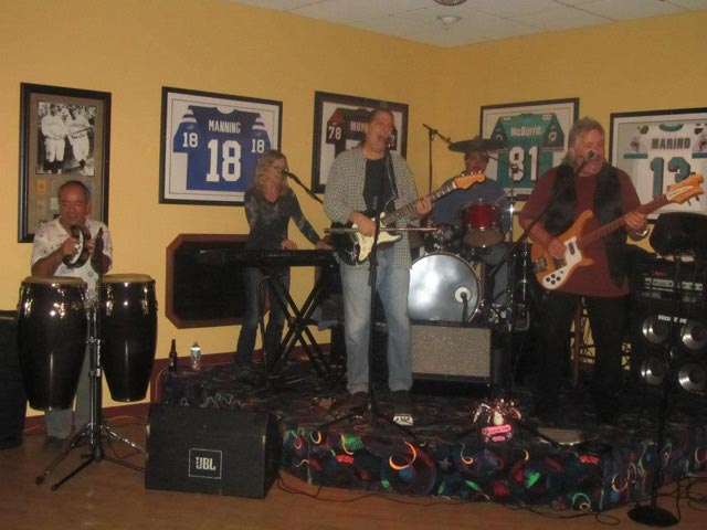 Squeezeplay at Rips Sports bar and grill